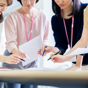 CS担当者400名に聞く<br>「従業員のCS意識等に関する調査」