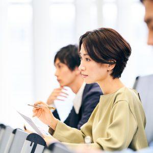 JMAR最新CSレポート解説セミナー<br>CS担当者400名に聞く「従業員のCS意識等に関する調査」結果を踏まえて